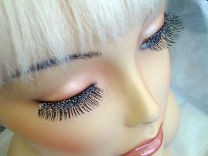 Eyelashes - Black & Silver Glitters