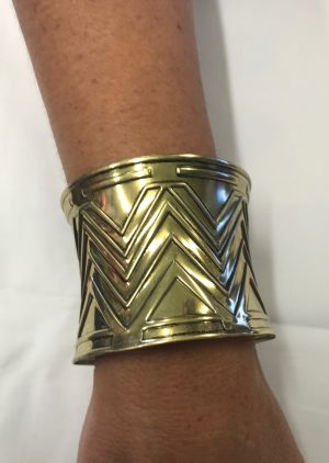 Wrist Cuff Metal Gold - Embossed ( 1 Only )
